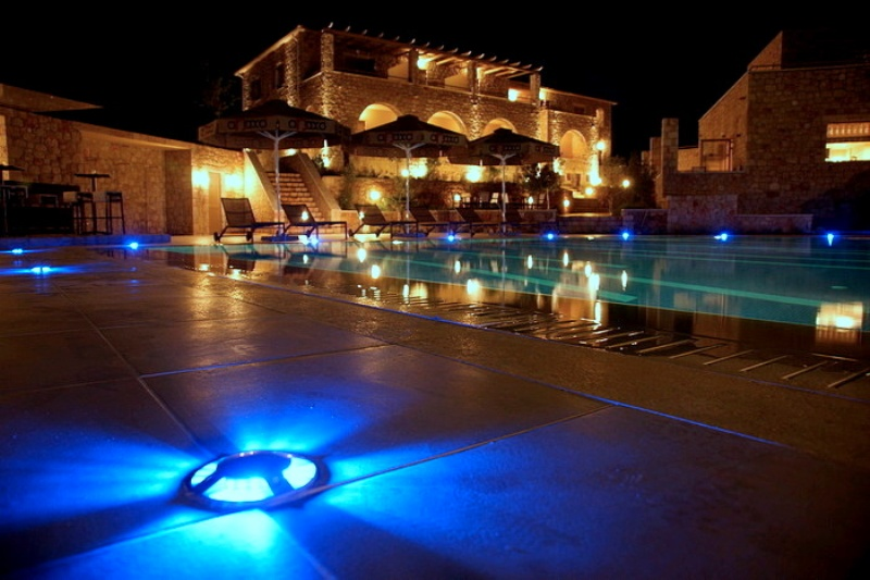 Anaxo Resort, Pool bei Nacht