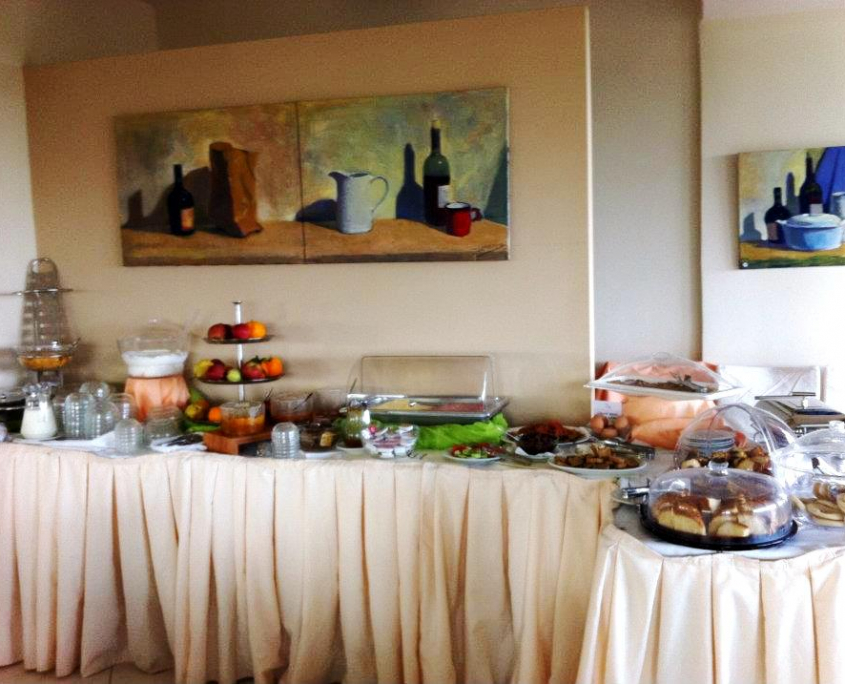 Apollo Art Hotel, Buffet