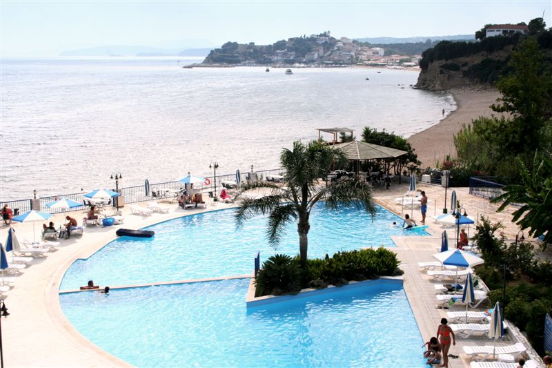 Golden Sun Hotel, Pool, Strand, Meer