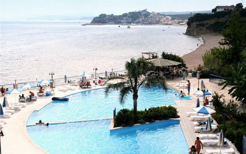 Golden Sun Hotel, Pool, Strand, Meer