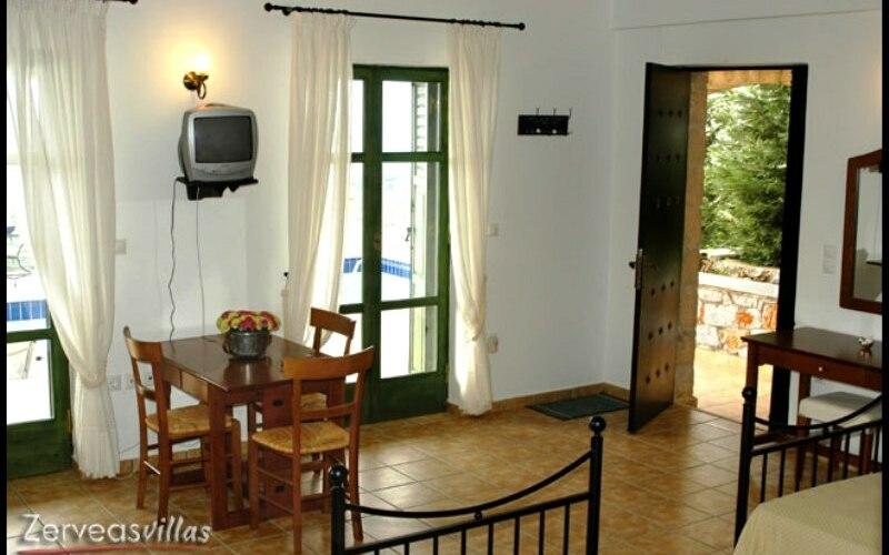 Zerveas Villa, Schlafzimmer